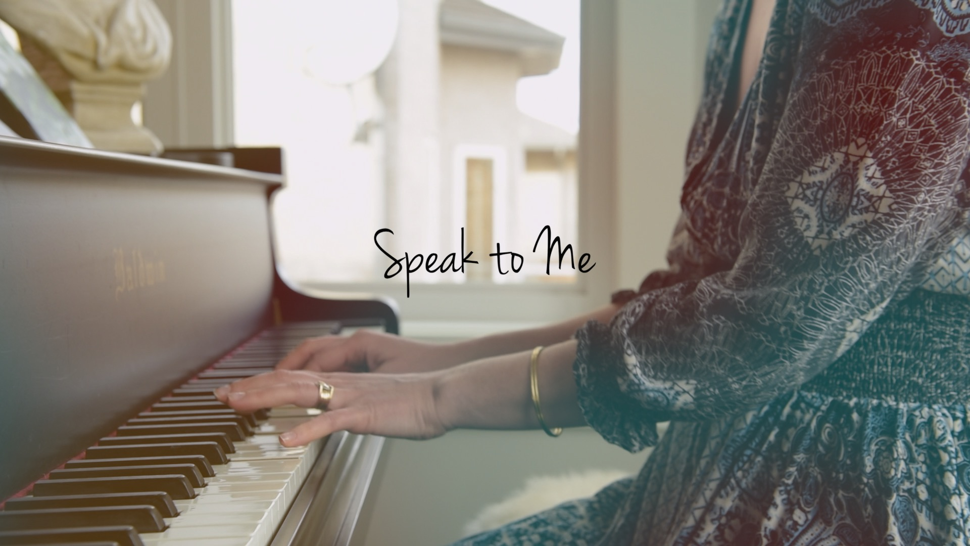 Video thumbnail for ELLY THORN – SPEAK TO ME